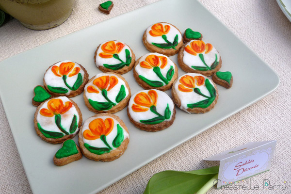 CreastelleParty - Tulip Mother's day - decorated cookies