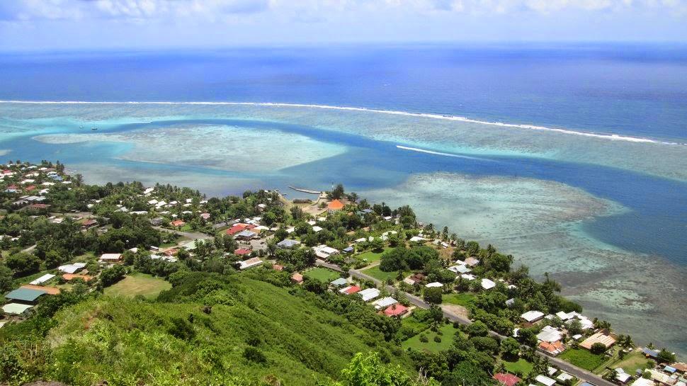 Vue de la côte à Papetoai