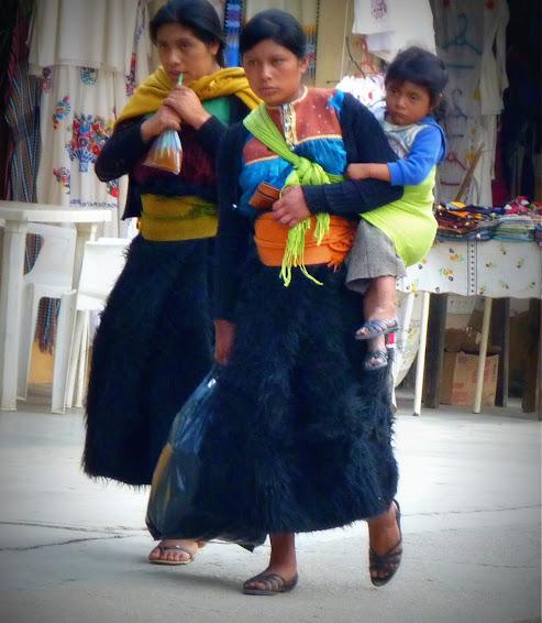 Ropa mujeres San Juan Chamula