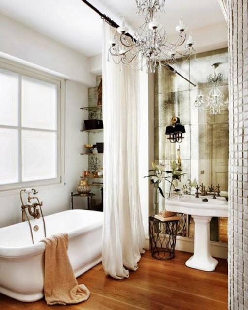 baño vintage elegante con bañera exenta