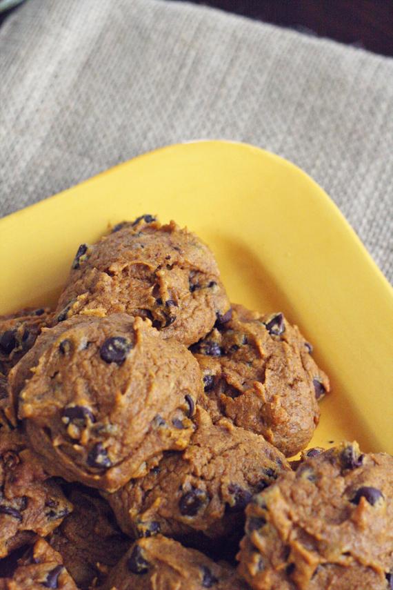 ... Of Design: Urban Legend and Pumpkin Chocolate Chip Cookie Recipes