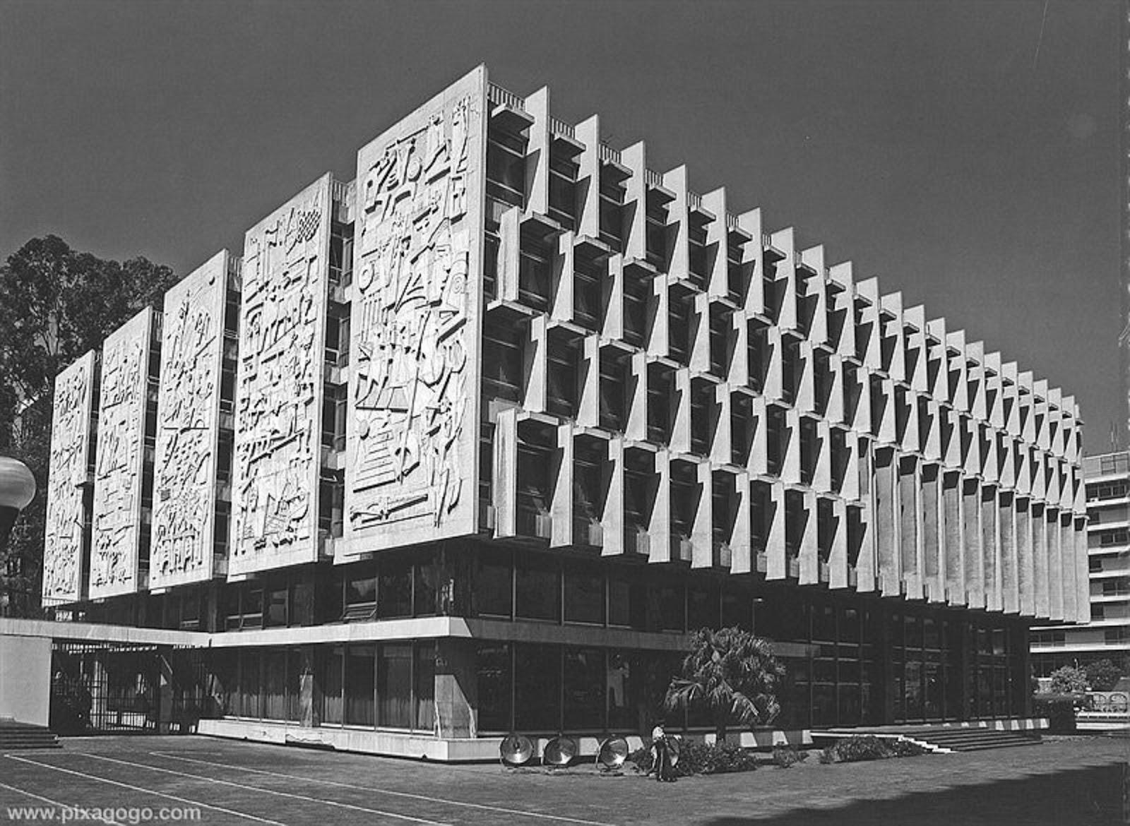 Moderna guia de arquitectura moderna de ciudad de for Arquitectos de la arquitectura moderna