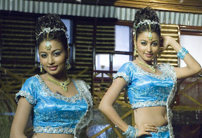 Actress Richa Sinha Hot Wallpaper Photos
