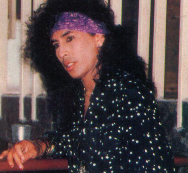 AMY --- www.muzikrock.com