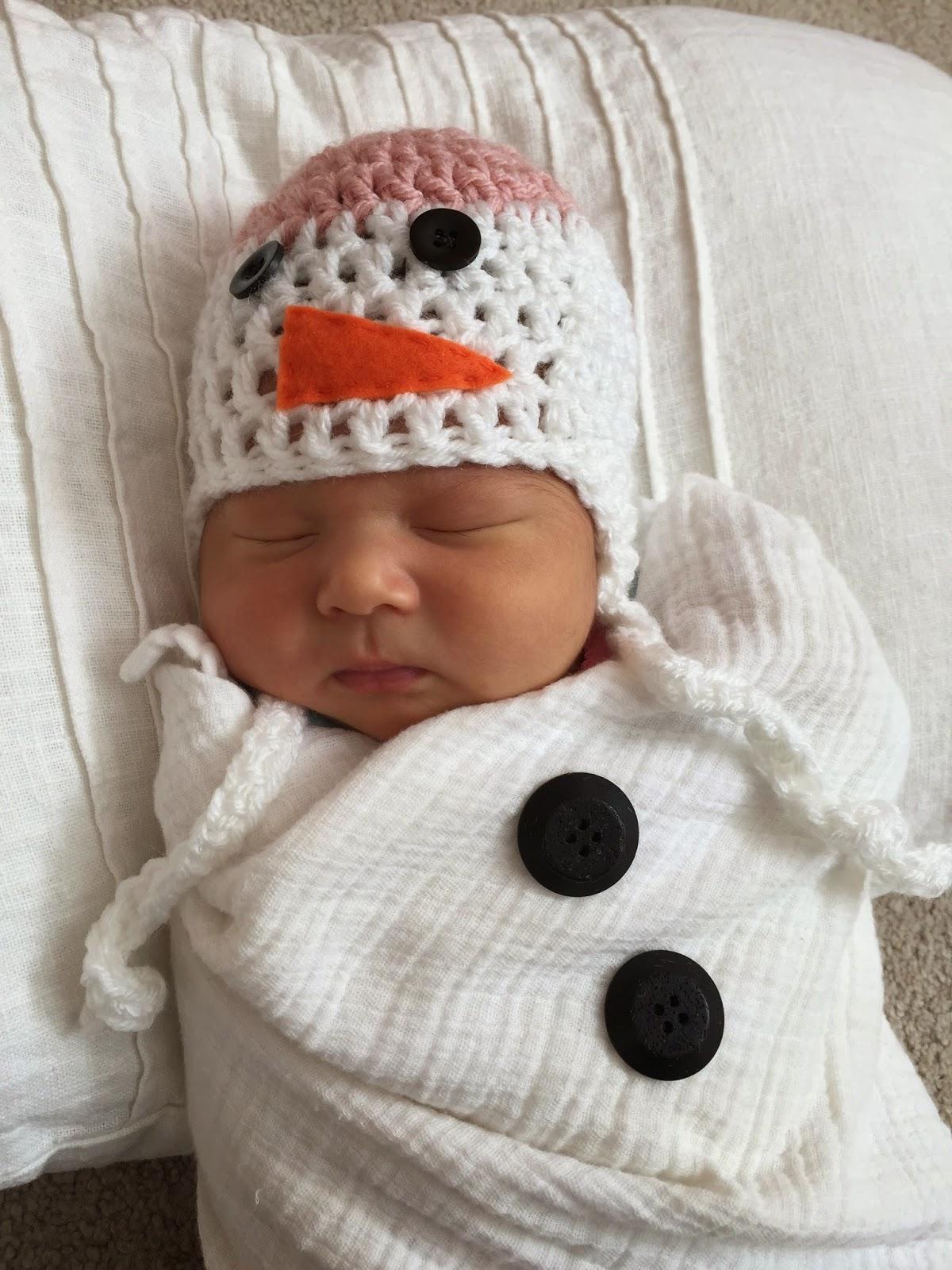 Skein and Hook: Free Crochet Pattern: Newborn Snowman Hat