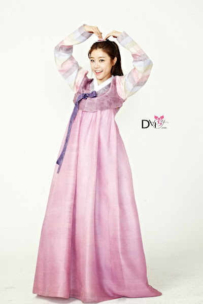 Girl's Day Sojin Lunar 2014 Hanbok