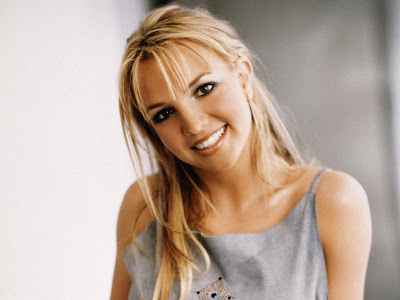 Britney Spears Wallpaper looking new Series of Song style