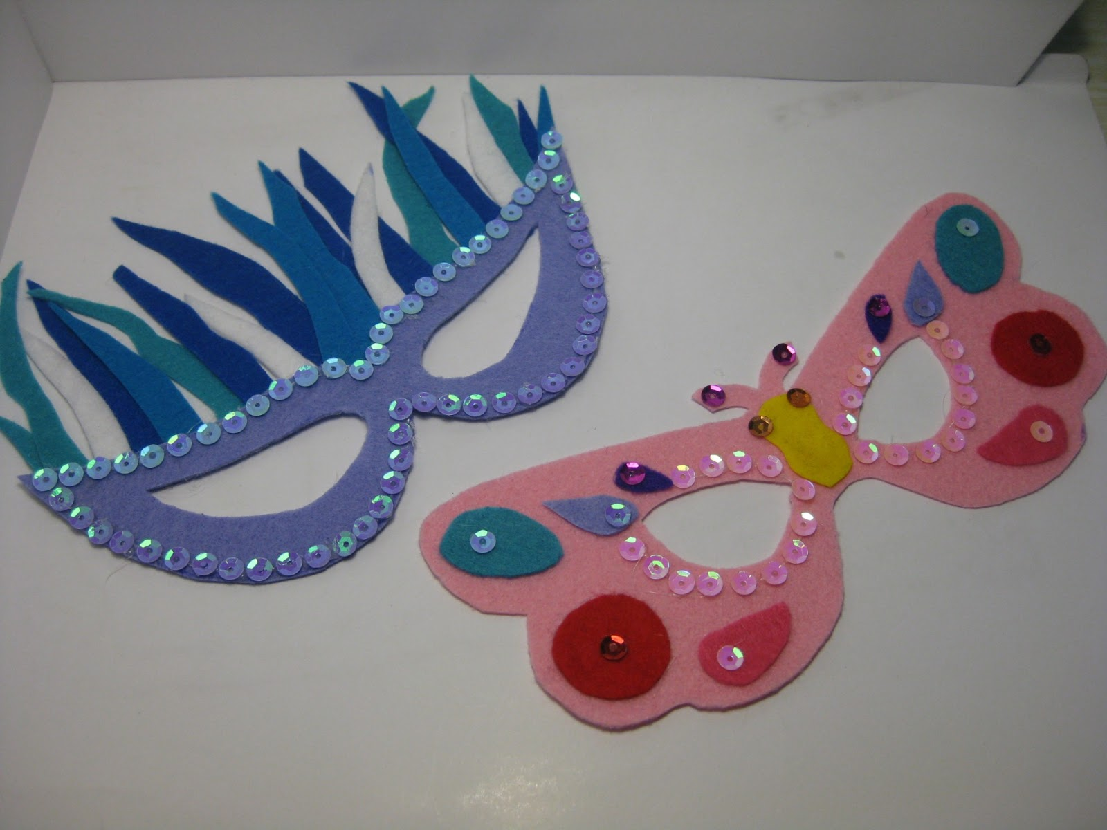 Creaciones Montse: mascaras de carnaval hechas con fieltro