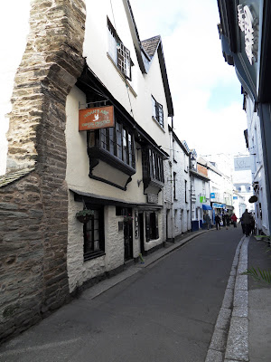 FoweyCornwall narrow roads