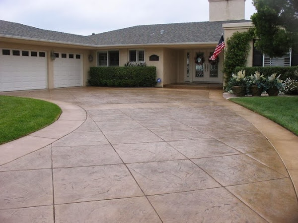 Creating a driveway to suit your taste and needs Semi circle driveway designs