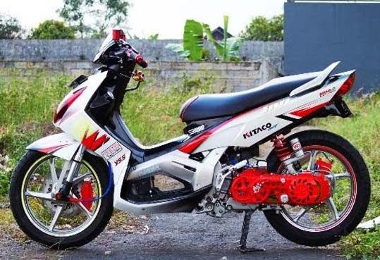 Modifikasi Yamaha Nouvo Z, kreatifitas dunia modifikasi seakan tidak  title=