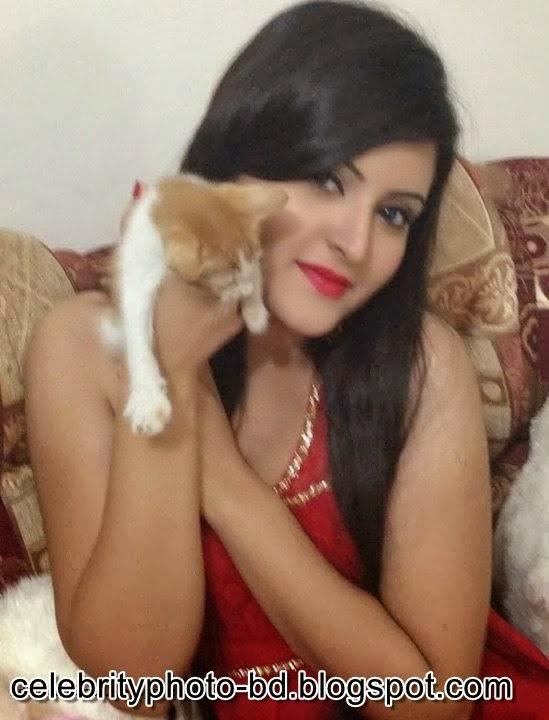 Bangladeshi+Super+Hot+And+Cute+Model+Pori+Moni's+HD+Photos016