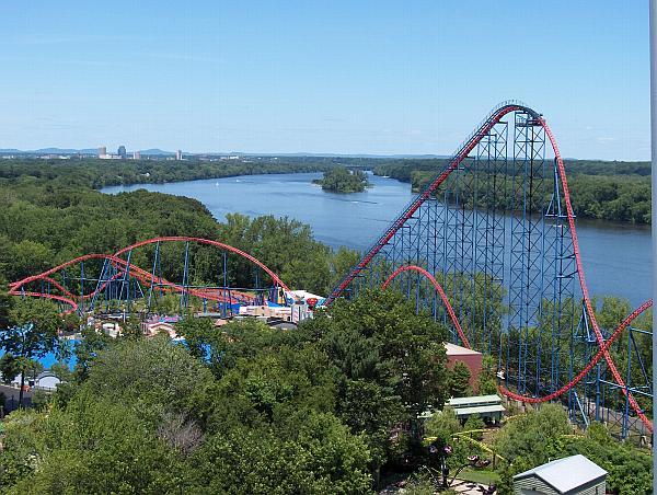 Ultimate Roller Coaster: Superman Ride of Steel
