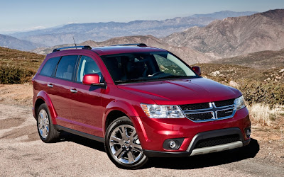 2013 Dodge Journey front three quarter