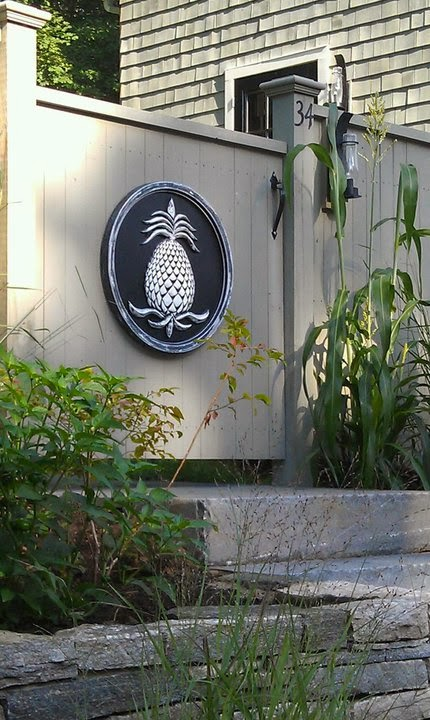 http://mariericci.com/product/large-pineapple-plaques-24/