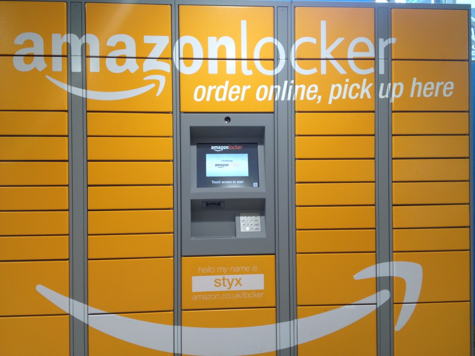 daxthink digital life amazon solves the local delivery problem with lockers. Black Bedroom Furniture Sets. Home Design Ideas