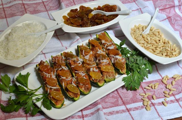 hiperica_lady_boheme_blog_di_cucina_ricette_gustose_facili_veloci_piatti_di_verdure_zucchine_ripiene_pinoli_e_uvetta_2