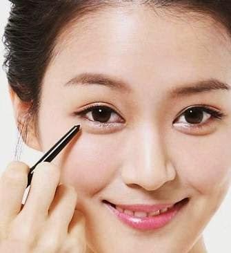 Cara Make up Dadakan dengan Cepat sendiri