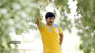 Mudduga-Movie-Stills