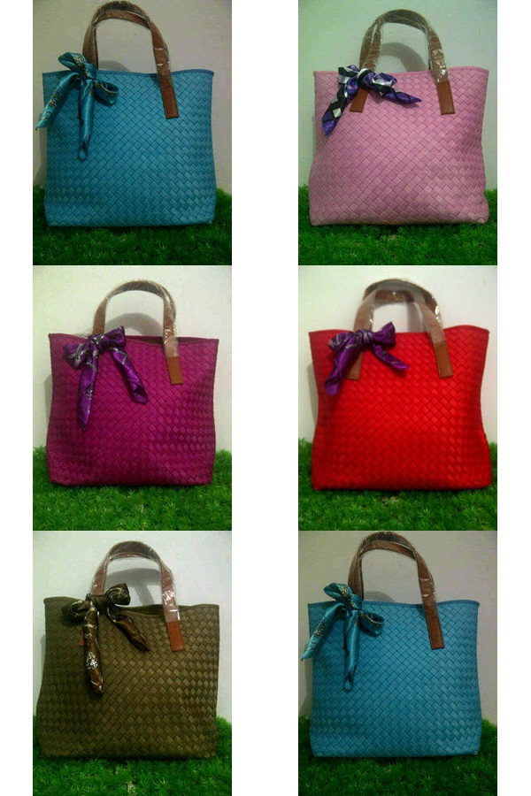Tas Webe fashion Cassandra @450rb semi ori