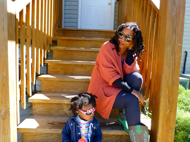 stay at home mom casual style in cowboy boots