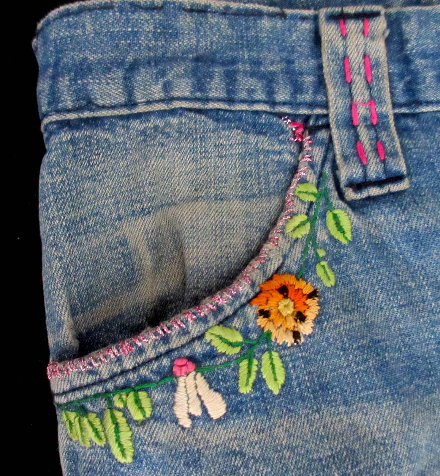 Machine embroidery on denim makaroka