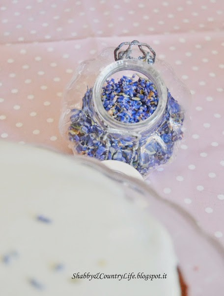 } { Honey Moon Cake, Dolcetto al Miele e Lavanda per l'anniversario } { - shabby&countrylife.blogspot.it