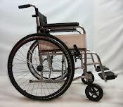 Pneumatic tyre wheelchair