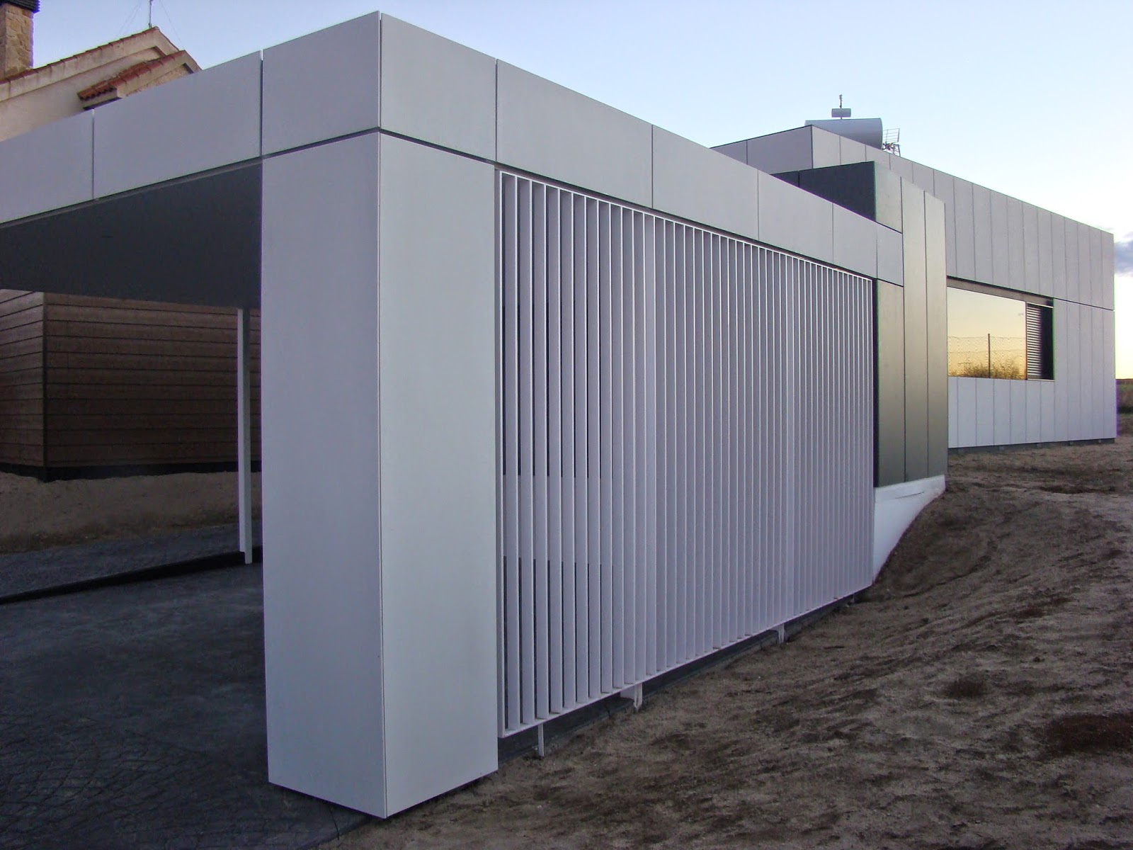Garaje modular de Resan, modelo abierto