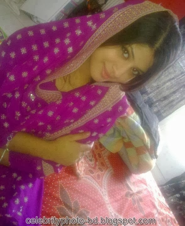Deshi+girl+real+indianVillage+And+college+girl+Photos026