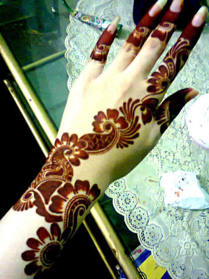 Preferenza Mehndi Designs Book 2013-2017: 2015 YF75