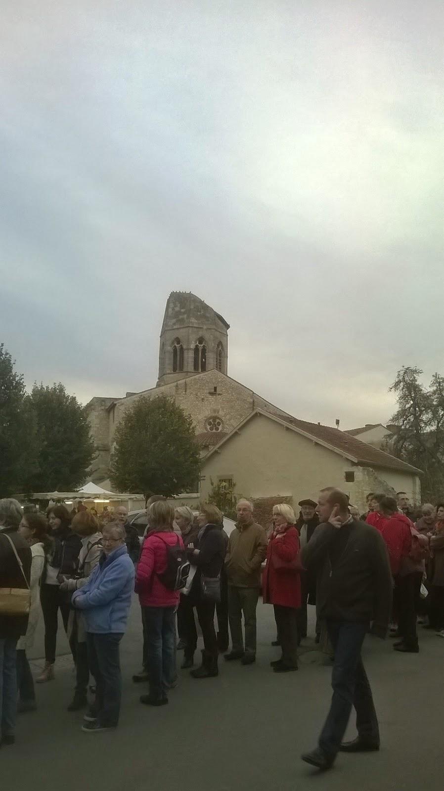 http://lafilleauxbasketsroses.blogspot.com/2014/11/course-dorientation-charroux-03.html