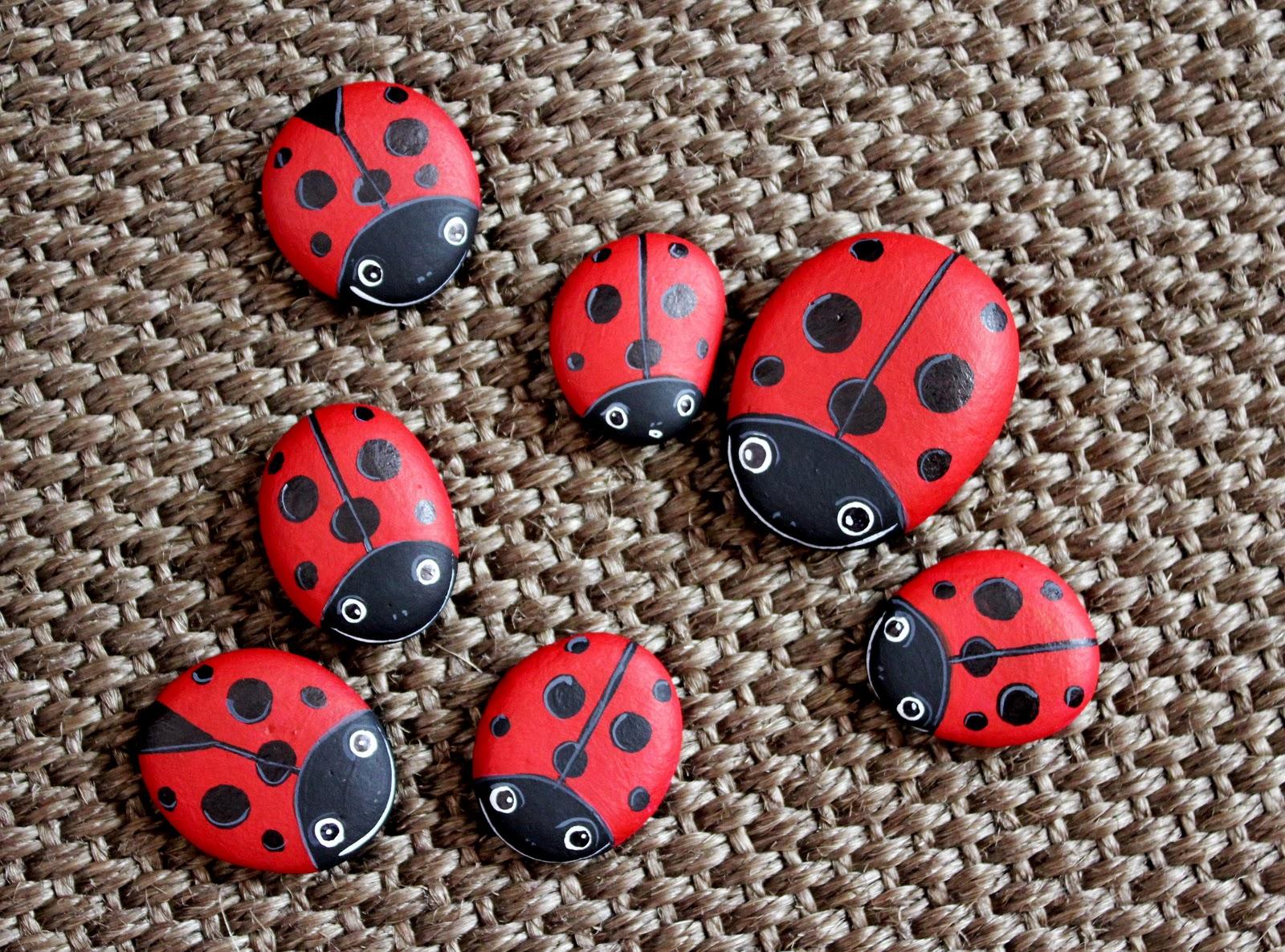 Nueve pinceladas pintando piedras - Piedras para decorar ...