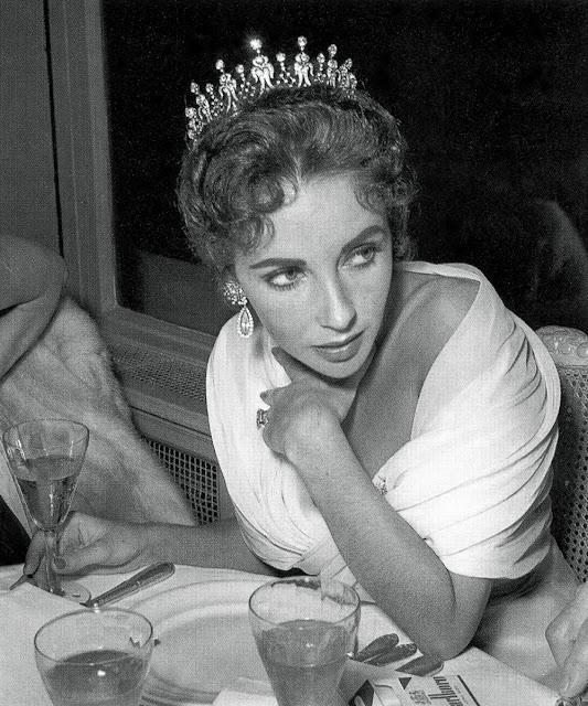 Elisabeth Reeve Morrow Morgan Elizabeth taylor - 1957