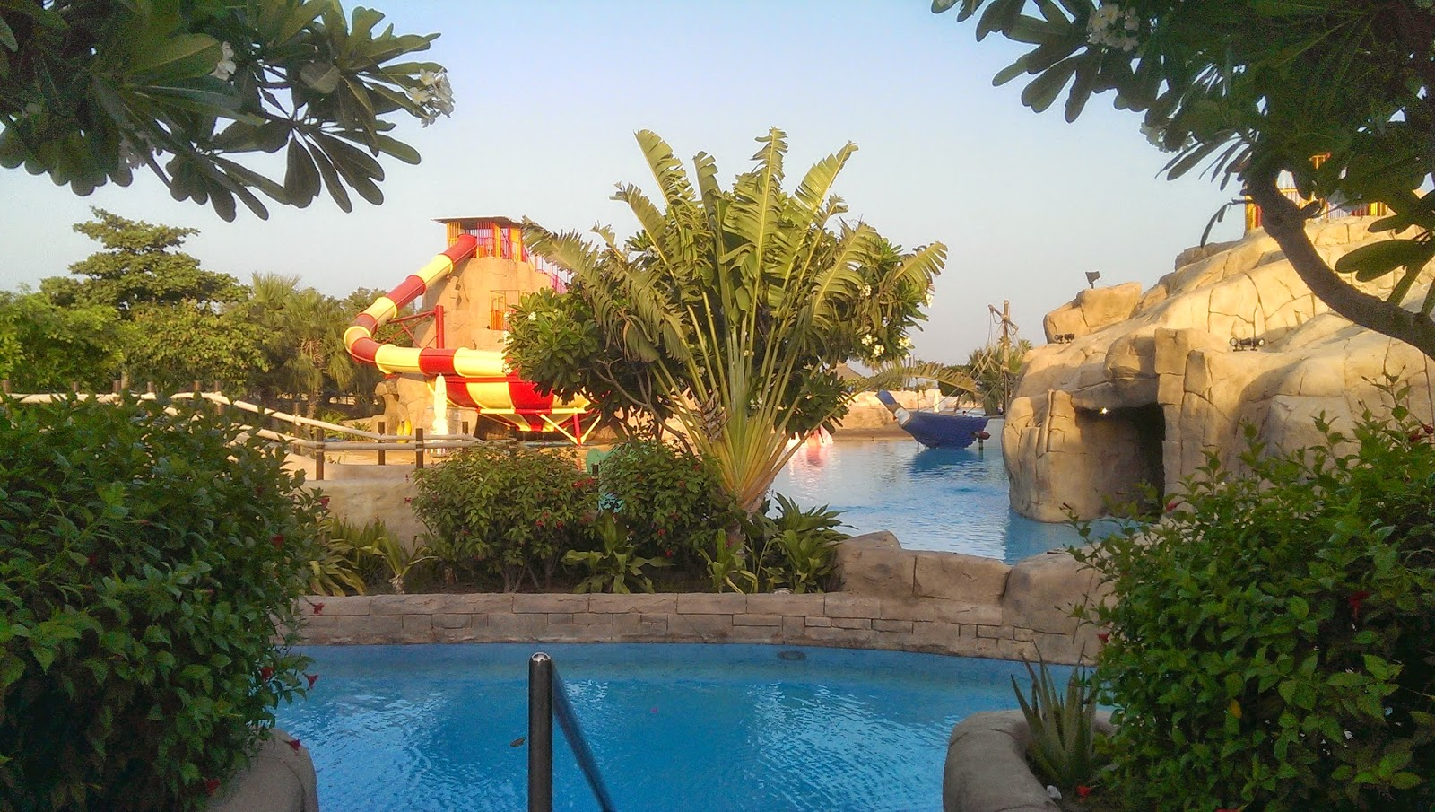 Experiences of an english family in saudi sunset resort for Sunset lodge