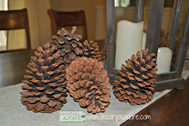 natural-pinecone-Christmas-decorating