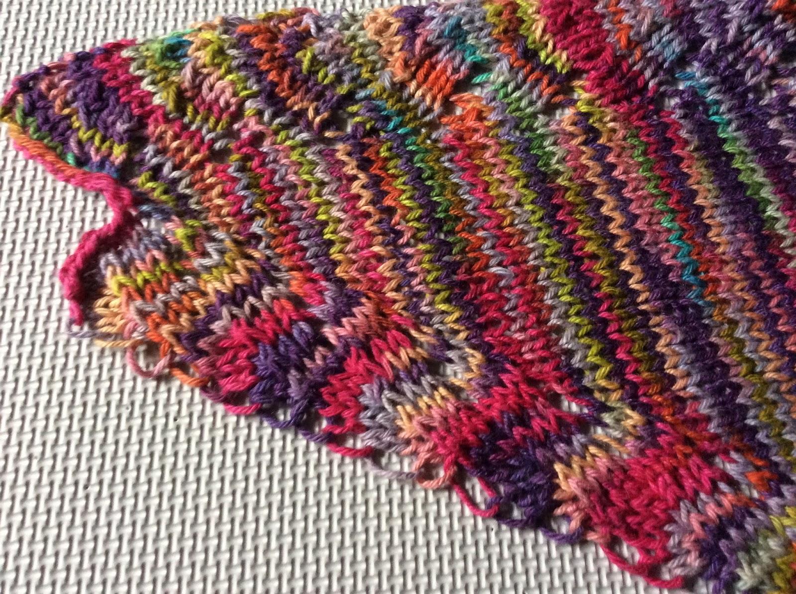 Knitting Cottage: Peggy V