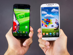 Motorola Moto X vs. Samsung Galaxy S4 Comparison