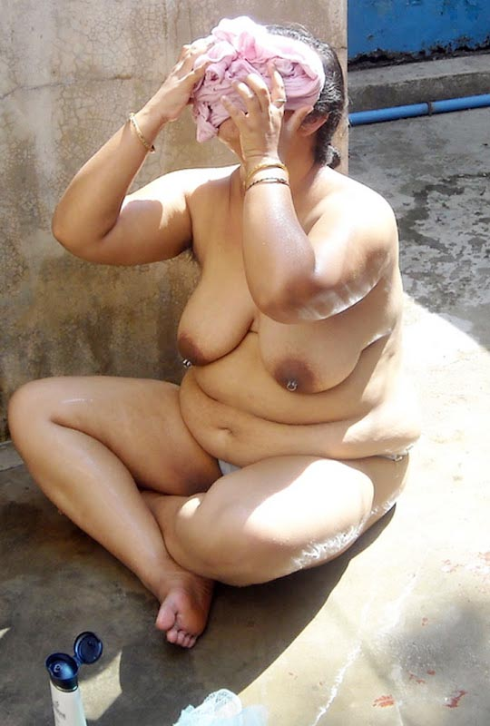 Wife bathing indian nude