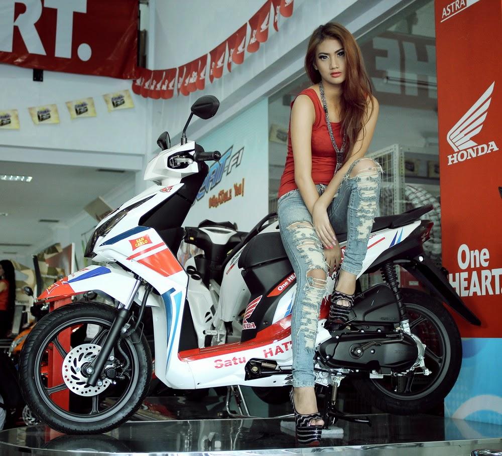 Honda Sexy Babes hot