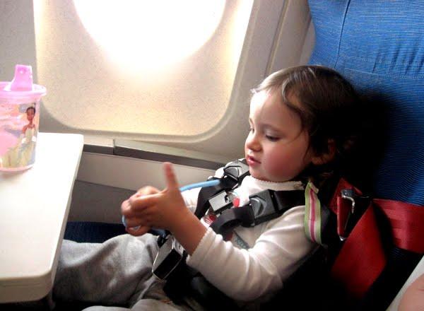 Anak-anak dalam penerbangan
