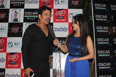 Ravi Kishan, Gunjan Pant at Bhojpuri Film Awards 2015 Photos