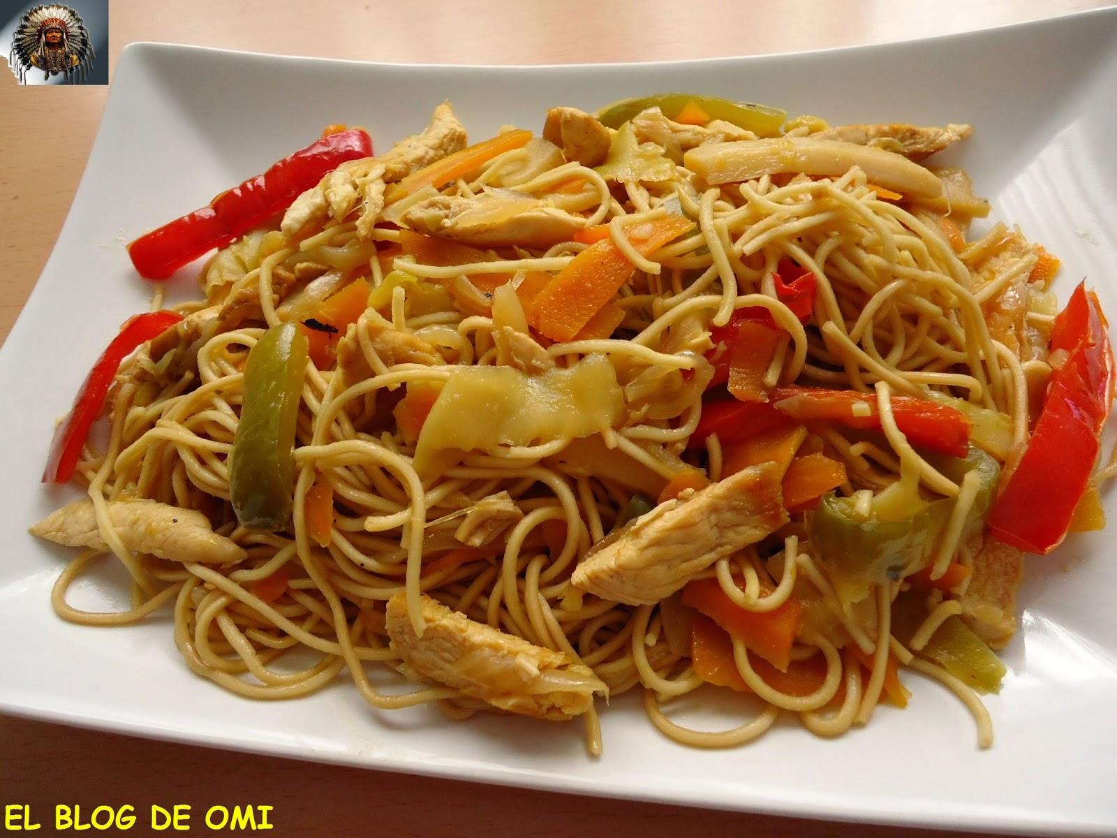 Wok De Noodles Con Pollo Y Verduras