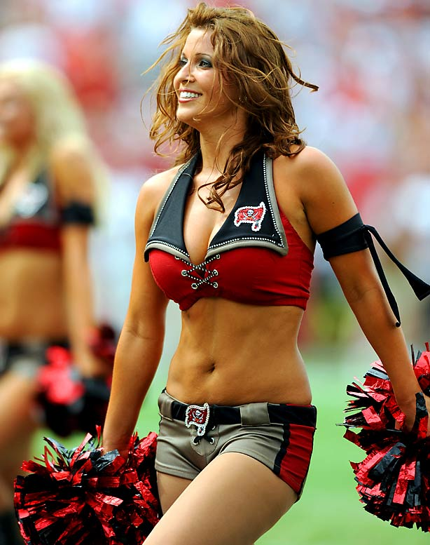 Cheerleaders buccaneers bay jimenez tiffany tampa