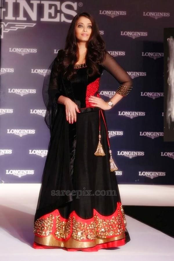 Aishwarya Rai Photos-Hot & Sexy Photos of Aishwarya Rai