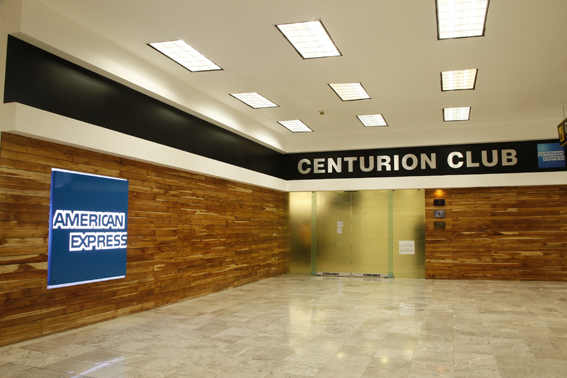 American express reabre su sal n centurion en el aicm for Oficinas de american express