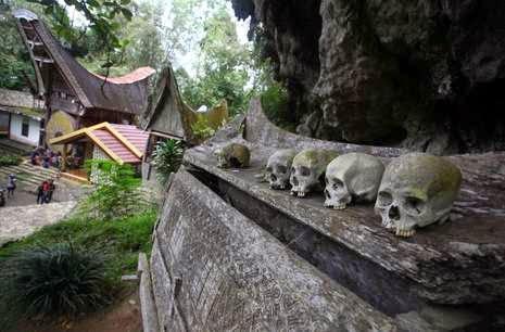 5 Desa Unik Hanya Ada Di Indonesia 4