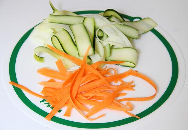 Салат с цукини и морковью