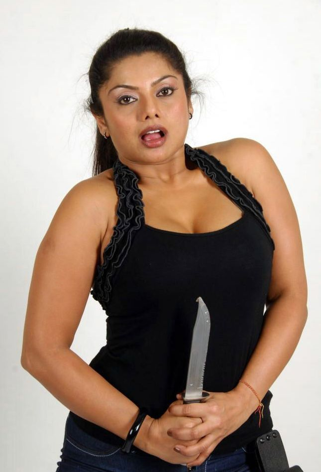 Swathi+Verma+tight+boobs+in+jeans