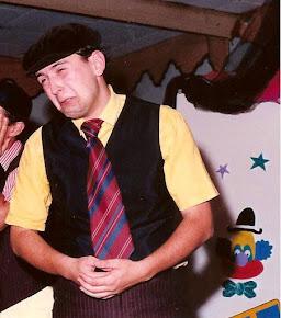 Antonio Carlos Gomes como Totó no teatro